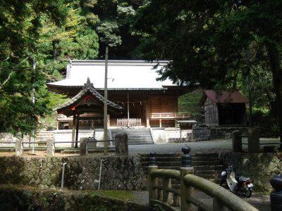 白山神社(相賀)