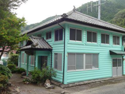 伊久美 旧銀行(公民館)